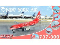 DRAGON MODELLINO ASSEMBLATO AEREO NEW YORK AIR 737-300 VINTAGE WITH CLEAR BOX 1/400
