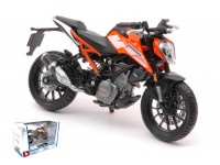 BURAGO 1/18 KTM 250 DUKE MODELLINO