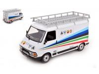 IXO MODELS 1/18 FIAT 242 ABARTH 1980 TECHNIC ASSISTANCE MODELLINO