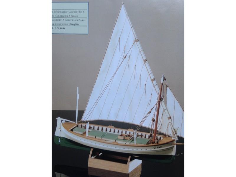 COREL SM42-FLATTIE Imbarcazione americana