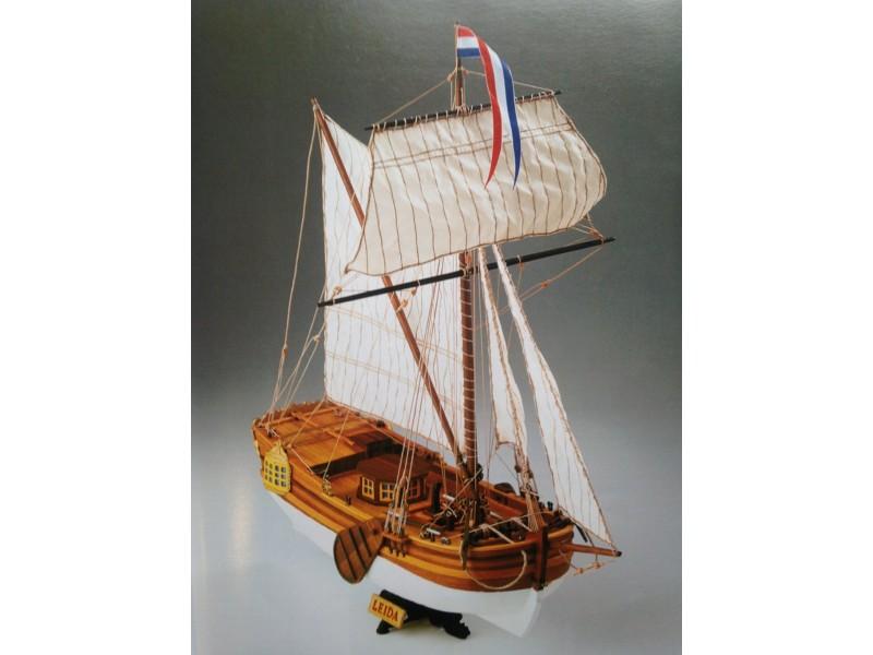 COREL SM57-Leida Yacht da diporto Olandese