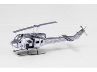 METAL EARTH MODELLINO DA COSTRUIRE HUEY UH-1 HELICOPTER IN METALLO