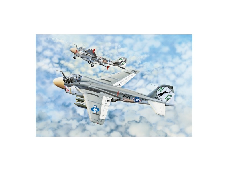 MODELLISMO TRUMPETER KIT MODELLINO AEREO A-6A INTRUDER 1/32