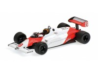 MODELLINO McLAREN FORD MP4-1C STEFAN BELLOF SILVERSTONE 1983 IN METALLO MINICHAMPS