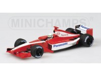 MODELLINO TOYOTA TF101 TSTCAR F1 A. McNISH 2001 IN METALLO MINICHAMPS