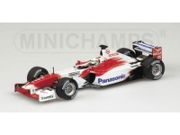 MODELLINO TOYOTA TF102 A. McNISH 2002 IN METALLO MINICHAMPS