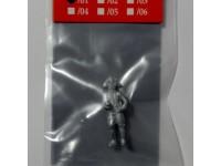 AMATI 8005/01 UFFICIALE IN METALLO 25 mm PER MODELLI NAVALI DA 1/76 A 1/84