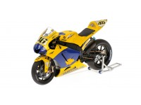 MINICHAMPS MODELLINO MOTO 1:12 YAMAHA YZR-M1 ROSSI END OF THE RACE VERSION 2006