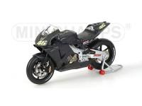 """MINICHAMPS MODELLINO MOTO HONDA RC211V VALENTINO ROSSI TEST BIKE """"NERA"""" 2002 1/12"""
