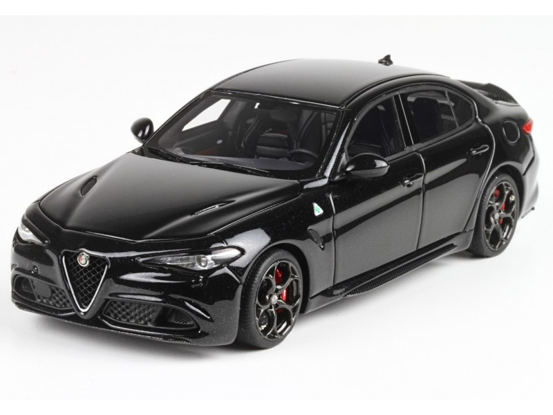 modellino alfa giulia 2015 quadrifoglio verde nero vulcano. Black Bedroom Furniture Sets. Home Design Ideas