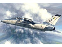 A-1B TRAINER KIT DI MONTAGGIO HOBBY BOSS