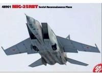 ICM MiG-25 RBT Soviet Reconnaissance Plane Modellino da Costruire