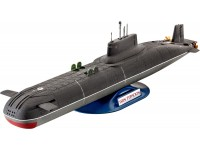 Revell Soviet Submarine TYPHOON Class kit Modellismo Navale in Plastica