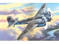 ICM Avia B-71 Modellino in kit di Montaggio