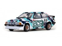 Sun Star 1/18 Ford Escort RS 1600i n.69 British Saloon Car Championship 1985 modellino
