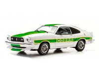 Greenlight 1/18 Ford Mustang II Cobra II White Green Billboard Stripes modellino