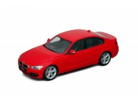 Welly 1/18 BMW 335i Rossa modellino