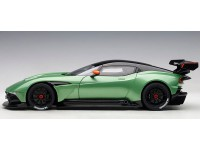AUTOART 1/18 ASTON MARTIN VULCAN APPLE TREE GREEN METALLIC MODELLINO APRIBILE