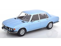 KK-SCALE 1/18 BMW 3.0S E3 2.SERIES LIGHT BLUE METALLIC 1971 MODELLINO