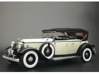 Sun Star 1/18 1932 Ford Lincoln KB Top Up bianca nera modellino apribile
