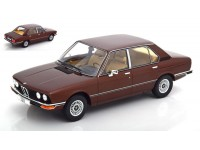 MODELCAR GROUP 1/18 BMW 5er (E12) MARRONE SCURO MODELLINO